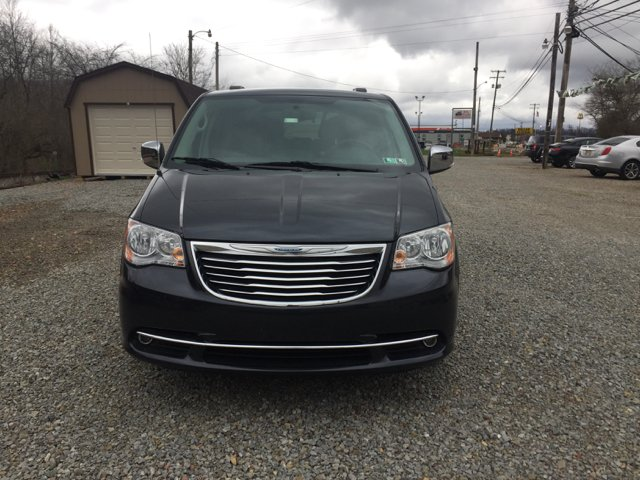 2014 Chrysler Town and Country Touring-L 4dr Mini Van - Bentleyville PA