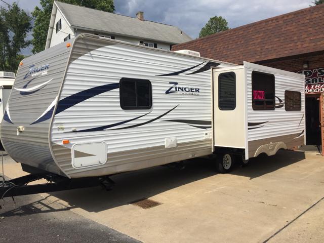 2011 Crossroads Zinger 27Rl  - Bentleyville PA