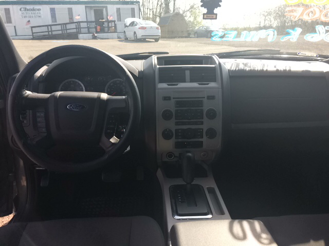 2011 Ford Escape XLT AWD 4dr SUV - Wintersville OH