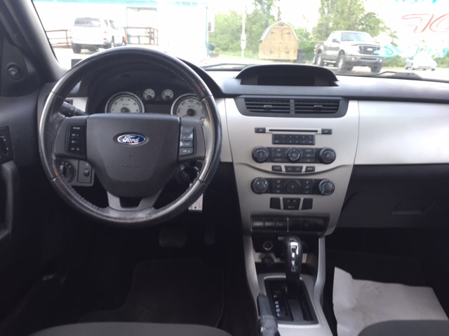 2008 Ford Focus SES 4dr Sedan - Wintersville OH