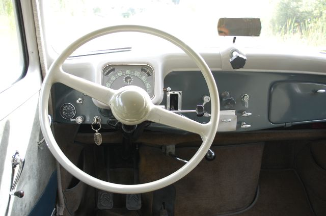 1955 Citroen Traction Avant 15/6 HYDRAULIC - Midland MI