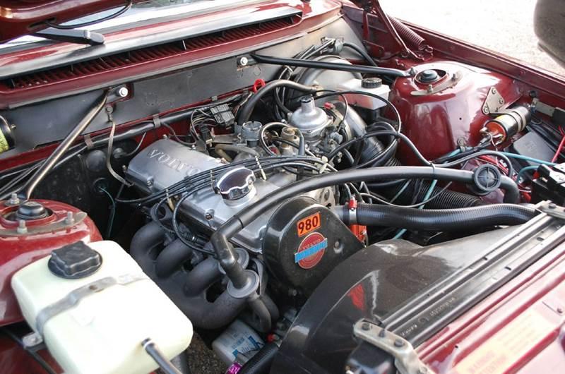 1982 Volvo 240 DL - Midland MI