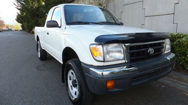 1998 Toyota Tacoma Sr5 2dr 4wd Extended Cab Sb In Algona