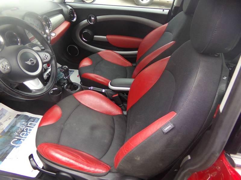 2007 MINI Cooper S 2dr Hatchback - Tilton NH