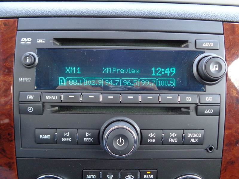 2012 Chevrolet Suburban 4x4 LT 1500 4dr SUV - Edina MO