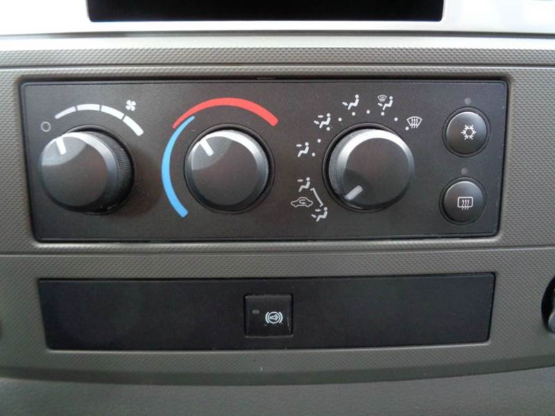 2007 Dodge Ram Pickup 3500 4x4 SLT 4dr Quad Cab LB - Edina MO