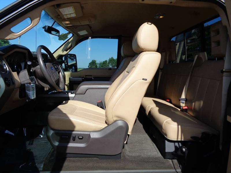 2016 Ford F-450 Super Duty Lariat 4x4 4dr Ext. Cab 8 ft. LB DRW Pickup - Edina MO