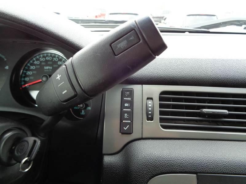 2013 Chevrolet Silverado 2500HD 4x4 LTZ 4dr Crew Cab SB - Edina MO
