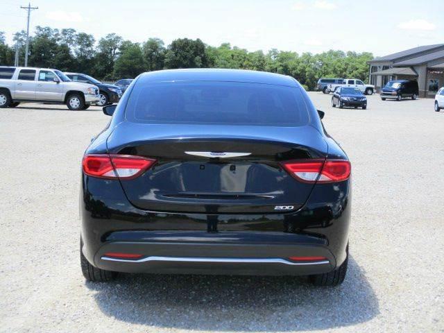 2015 Chrysler 200 Limited 4dr Sedan - Versailles MO