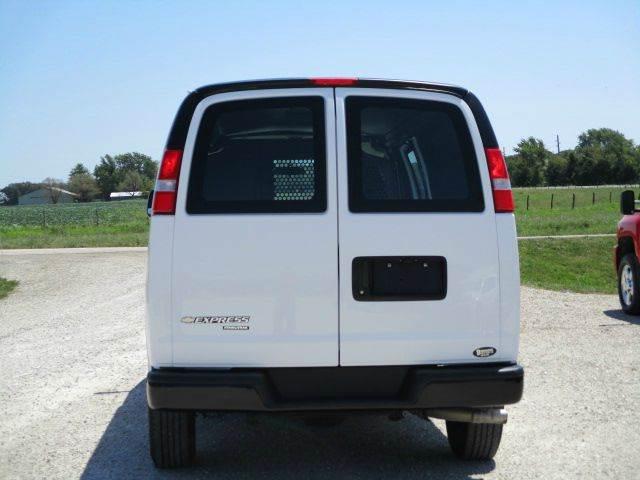 2016 Chevrolet Express Cargo 2500 3dr Extended Cargo Van w/1WT - Versailles MO