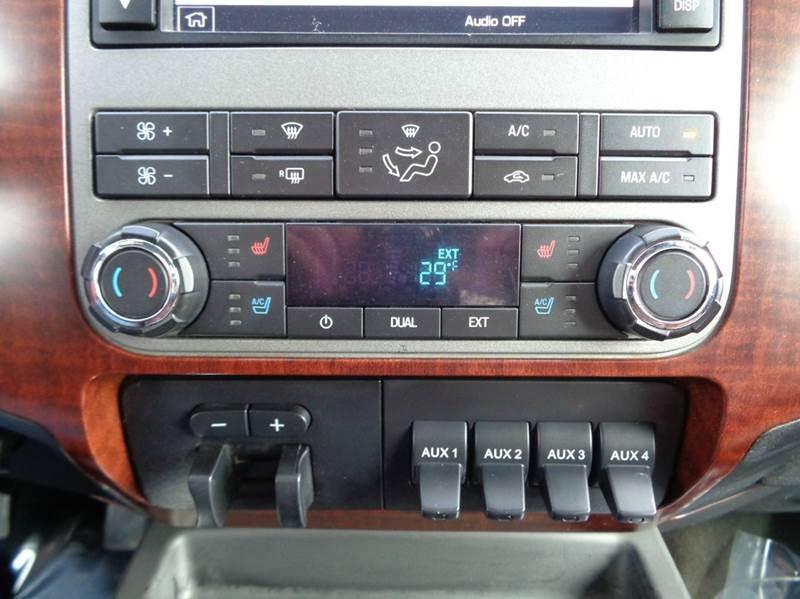 2012 Ford F-250 Super Duty 4x4 King Ranch 4dr Crew Cab 6.8 ft. SB Pickup - Versailles MO
