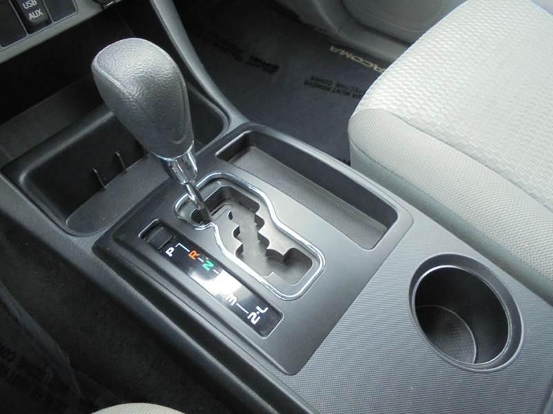2013 Toyota Tacoma 4x4 V6 4dr Double Cab 5.0 ft SB 5A - Versailles MO