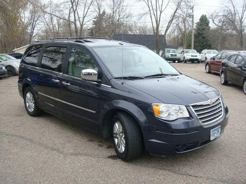 2008 Chrysler Town and Country Limited 4dr Mini Van - Shakopee MN