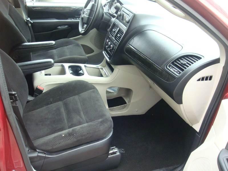 2014 Dodge Grand Caravan SXT 4dr Mini-Van - Shakopee MN