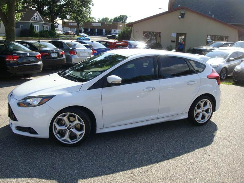 2013 Ford Focus ST 4dr Hatchback - Shakopee MN