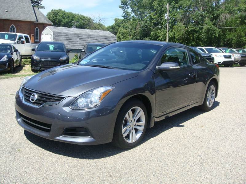 2013 Nissan Altima 2.5 S 2dr Coupe - Shakopee MN