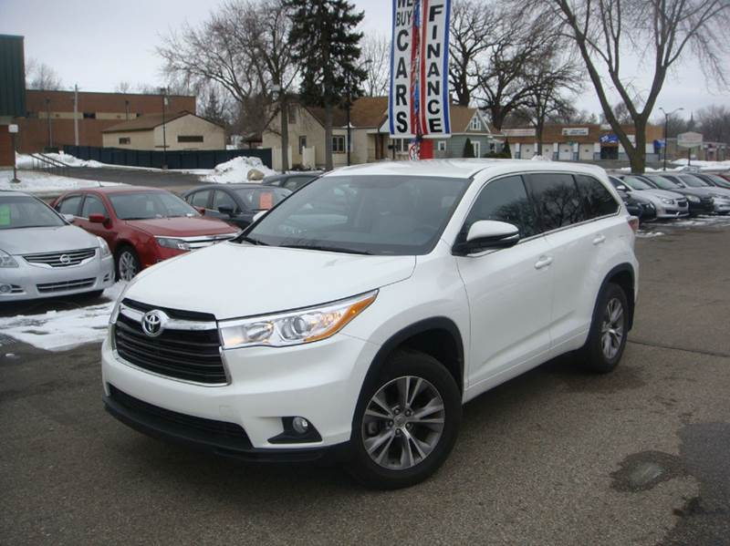 2015 toyota highlander le plus awd 4dr suv in shakopee mn marx motors llc. Black Bedroom Furniture Sets. Home Design Ideas
