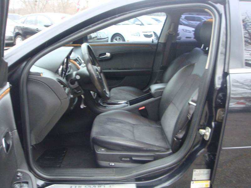 2011 Chevrolet Malibu LT 4dr Sedan w/2LT - Shakopee MN