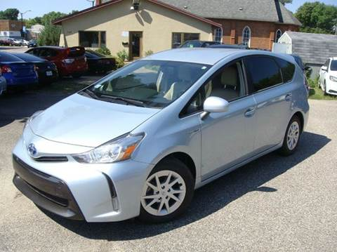 2015 Toyota Prius v for sale in Shakopee, MN