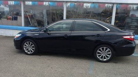 2015 Toyota Camry Hybrid for sale in Barnesville OH