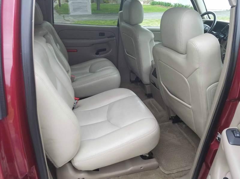 2005 Chevrolet Suburban 1500 Z71 4WD 4dr SUV - Saint Marys KS