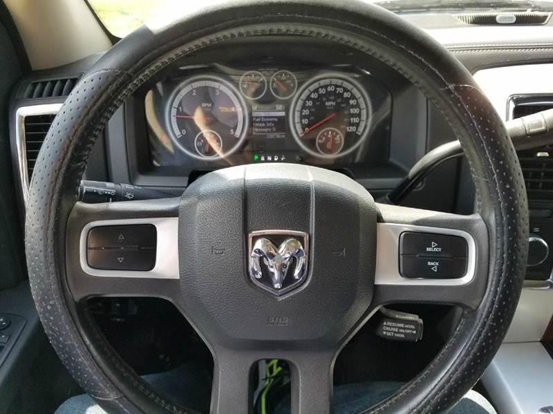 2010 Dodge Ram Pickup 3500 Laramie 4x4 4dr Mega Cab 6.3 ft. SB Pickup - Saint Marys KS