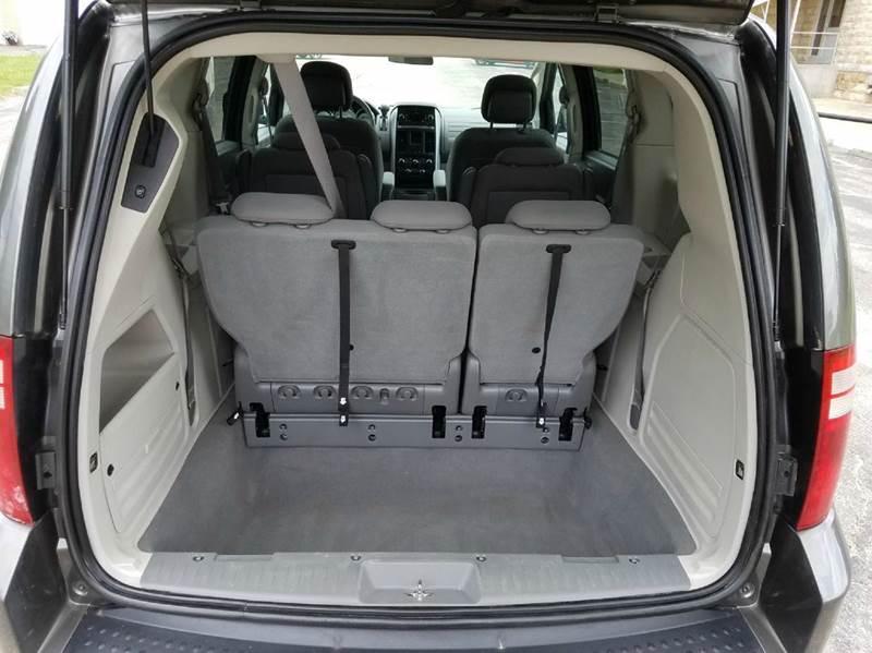 2010 Dodge Grand Caravan Hero 4dr Mini Van - Saint Marys KS