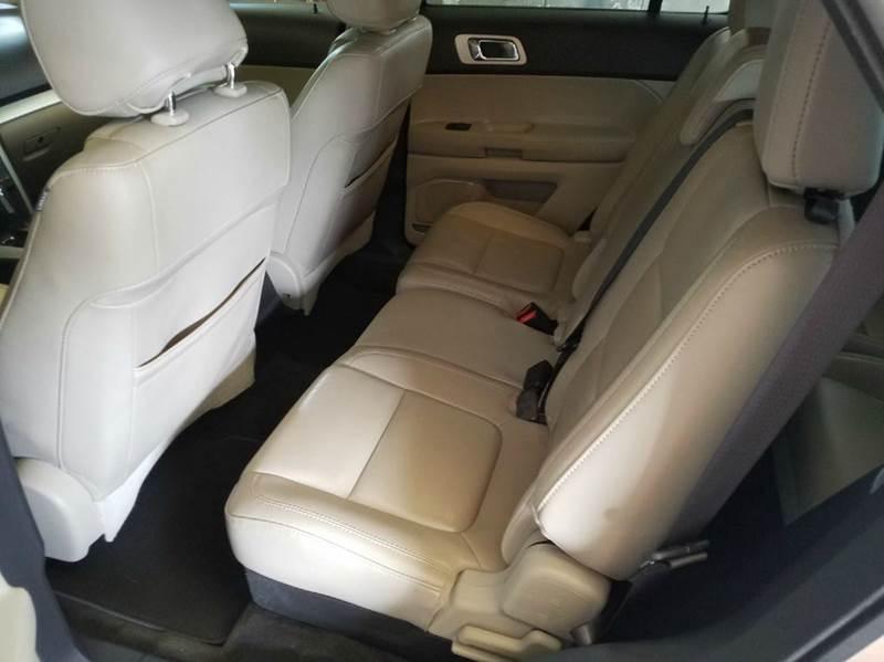 2011 Ford Explorer XLT 4dr SUV - Saint Marys KS
