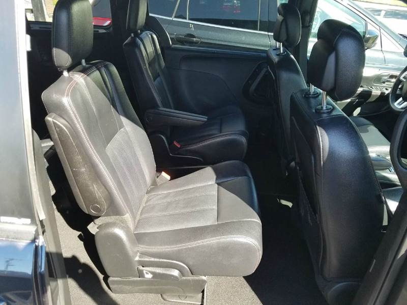 2014 Dodge Grand Caravan R/T 4dr Mini-Van - Saint Marys KS