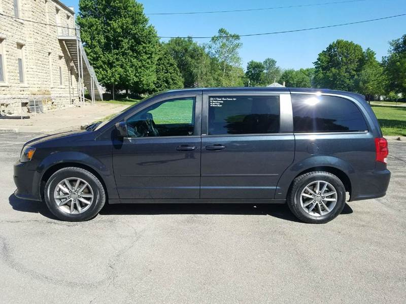 2014 Dodge Grand Caravan R/T 4dr Mini Van - Saint Marys KS