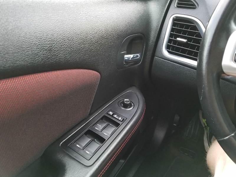 2012 Dodge Avenger SXT Plus 4dr Sedan - Saint Marys KS