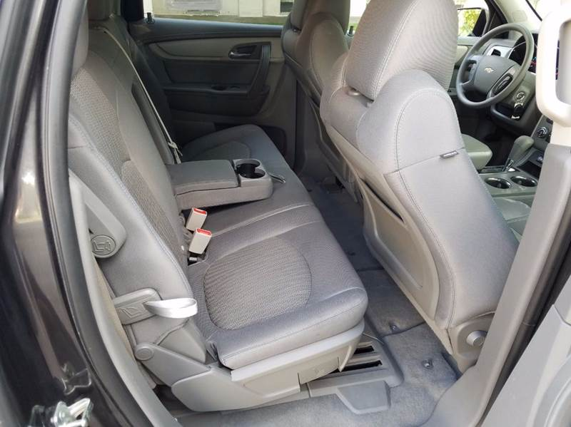 2014 Chevrolet Traverse LS 4dr SUV - Saint Marys KS