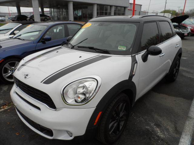 2013 MINI COUNTRYMAN COOPER S 4DR CROSSOVER white right now with 95 down with payments starting