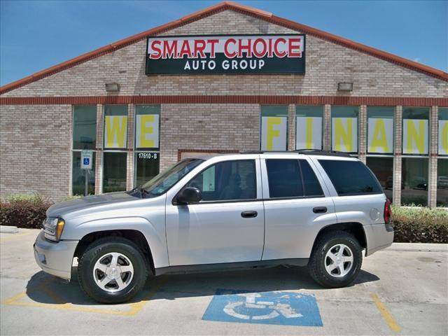 2006 CHEVROLET TRAILBLAZER 4WD silver options 4wdawdabs brakesair conditioningalloy wheelsamfm