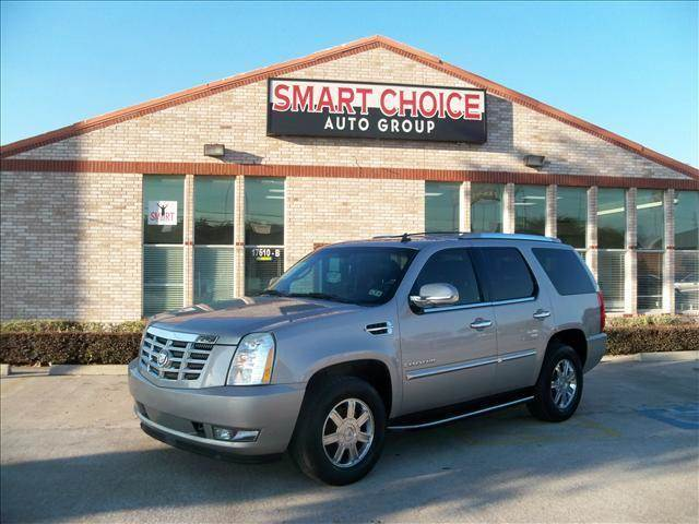 2007 CADILLAC ESCALADE BASE AWD 4DR SUV silver 4wdawdabs brakesadjustable foot pedalsair cond