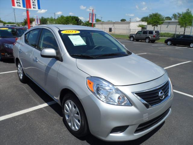 2014 NISSAN VERSA silver pushpullordrag --independence freedom sale--  declare  save more