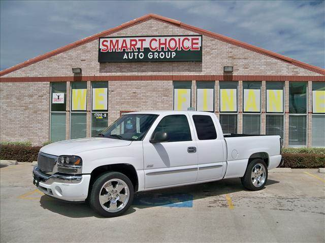 2005 GMC SIERRA 1500 EXT CAB 1435 WB summit white options abs brakesair conditioningamfm radio