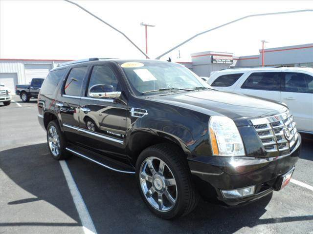 2007 CADILLAC ESCALADE BASE AWD 4DR SUV black april showers bring may flowers right now with 35