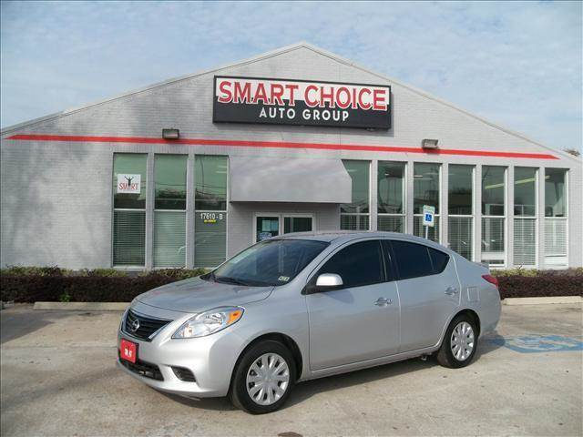 2014 NISSAN VERSA grey abs brakesair conditioningcd playerchild safety door lockscruise contr