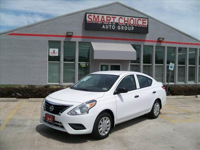 2015 NISSAN VERSA white abs brakesair conditioningcd playerchild safety door locksdriver airb