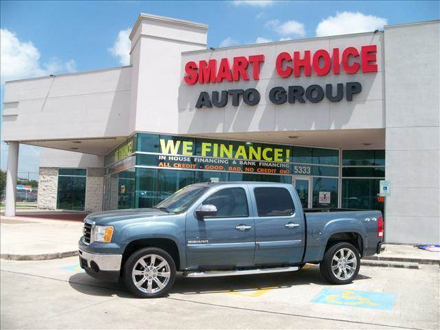 2011 GMC SIERRA 1500 SLE 4X4 4DR CREW CAB 58 FT SB teal body side moldings - body-color door h