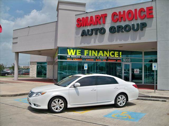 2011 TOYOTA AVALON SEDAN LIMITED blizzard pearl options abs brakesair conditioningalloy wheelsam
