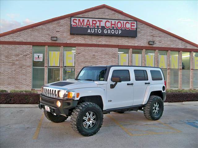 2007 HUMMER H3 4WD SUV birch white options 4wdawdabs brakesair conditioningalloy wheelsamfm ra