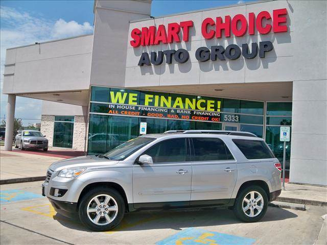 2008 SATURN OUTLOOK FWD XR silver pearl options abs brakesair conditioningalloy wheelsamfm radi
