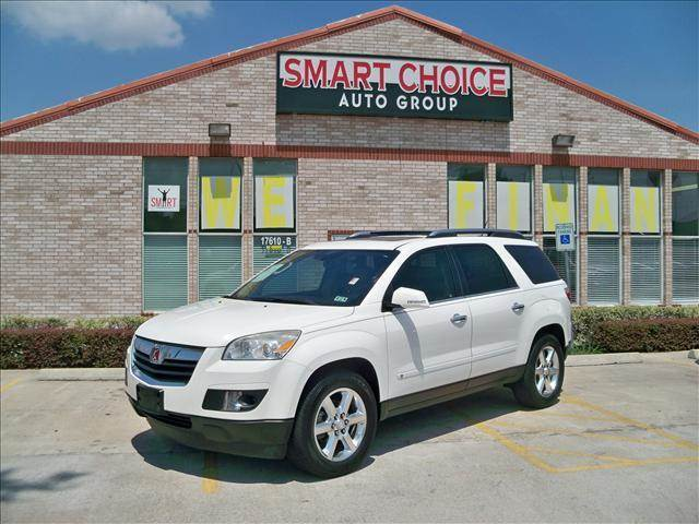 2008 SATURN OUTLOOK FWD XR white options abs brakesair conditioningalloy wheelsamfm radioautoma