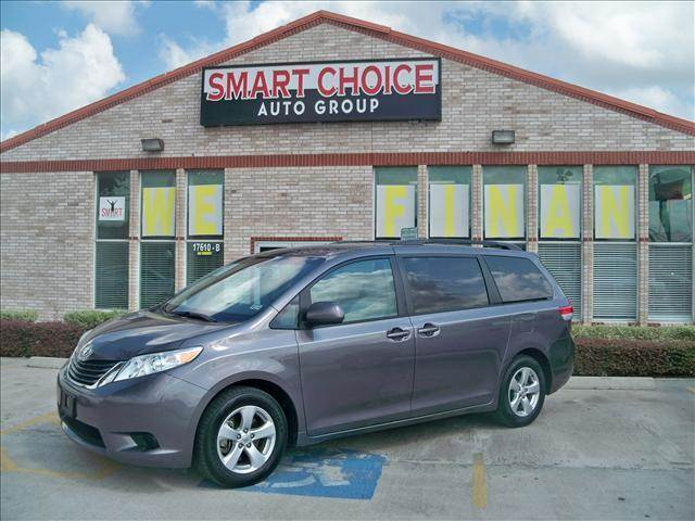 2011 TOYOTA SIENNA VAN V6 LE FWD grey options abs brakesair conditioningalloy wheelsamfm radioa