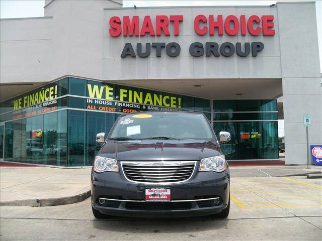 2012 CHRYSLER TOWN AND COUNTRY TOURING-L 4DR MINI VAN grey 62341 miles VIN 2C4RC1CGXCR266990
