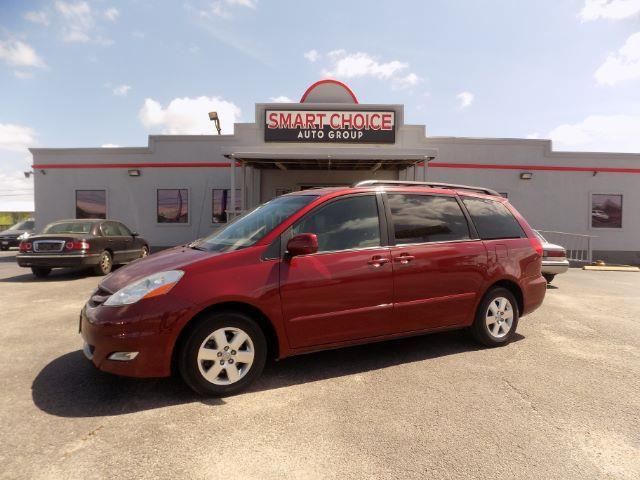 2010 TOYOTA SIENNA maroon abs brakesair conditioningalloy wheelsamfm radioautomatic headligh