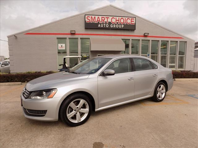 2013 VOLKSWAGEN PASSAT 25L SE AT silver abs brakesair conditioningalloy wheelsautomatic headl