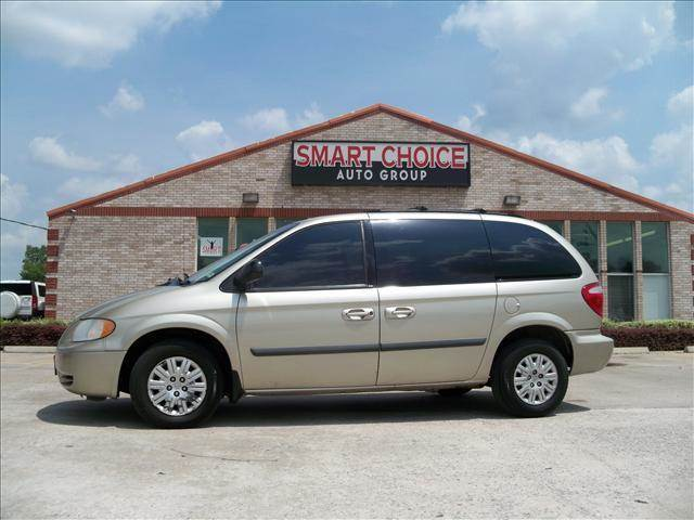 2007 CHRYSLER TOWN AND COUNTRY BASE 4DR MINIVAN linen gold metallic 78730 miles VIN 1A4GJ45R77